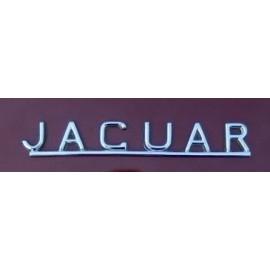 """Inscription Jaguar"""" sur coffre"""""""